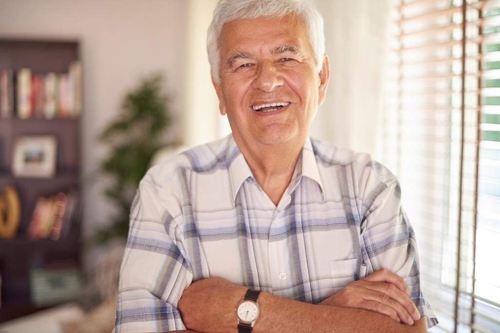 dentist in North Bethesda MD | Happy old man.